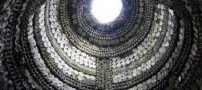 Shell-Grotto-path-decorated-with-shells-+-pictures