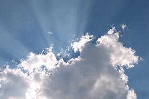 آیا می دانید ابرها با هم حرف می زنند !!