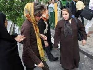 روایت نماینده روحانی از پوشش زنان بد حجاب !