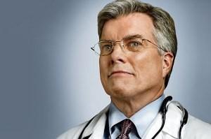 شما بدون مشورت پزشک مسکن مصرف می کنید