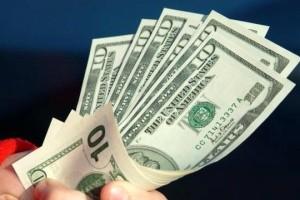 بررسی شدن قیمت ارز در مجلس
