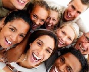 بررسی نوع خندیدن در افراد، شما چگونه می خندید