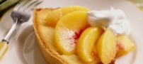 کیک هلو و شکلات سفید