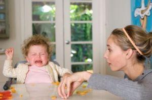 چگونه به کودک بیمار غذا بدهیم