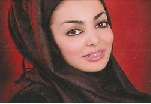 دختراصفهانی در تب و تاب رکورد عجیب و غریب(عکس)