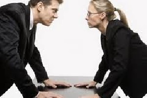 8 کاری که زنان آنها را بهتر از مردان انجام میدهند!