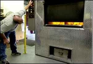 سوزاندن اجساد انسان ها برای تولید برق!!