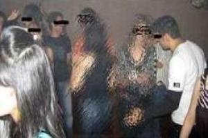 فرار مجری سرشناس از یک عروسی مختلط !! عکس