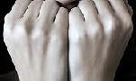 تلاش این 5 دختر برای تجاوز به یک دانشجوی پسر!!