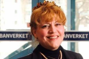 مدیریت درخشان اولین زن زیبا در سوئد!! تصویر