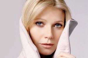 انتخاب این بازیگر 40 ساله بعنوان زیباترین زن 2013