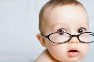 اگر کودک شما نمی خواهد عینک بزند