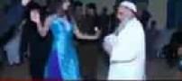 جنجال کلیپ رقص شیخ سلفی کنار زن رقاصه! عکس