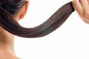 راز کسانی که موهایشان سفید نمی شود!