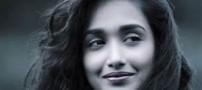 زیبا و جذاب ترین بازیگر زن هندی حلق آویز شد! عکس
