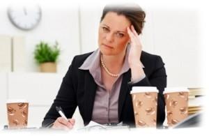 آیا کافئین باعث سردرد می شود یا مانع آن