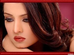 زنان زیبا برای سلامت مردان مضرند!!!